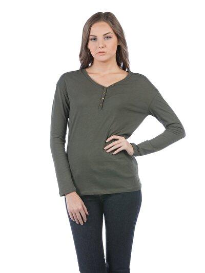 COLINS хаки женский футболки длинный рукав<br>Пол: женский; Цвет: хаки; Размер INT: XL;