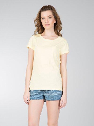 COLINS желтый женский футболки короткий рукав<br>Пол: женский; Цвет: светло-желтый; Размер INT: XL;