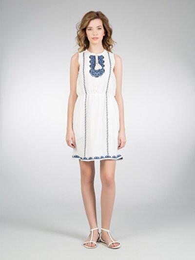 COLINS белый женский платья<br>Пол: женский; Цвет: белый; Размер INT: XS;