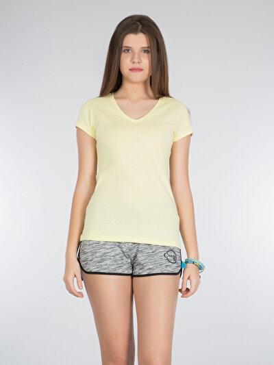 COLINS желтый женский футболки короткий рукав<br>Пол: женский; Цвет: желтый; Размер INT: XS;