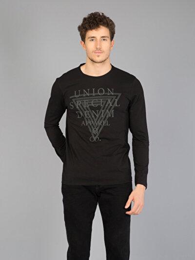 COLINS черный мужской футболки длинный рукав<br>Пол: мужской; Цвет: черный; Размер INT: XL;
