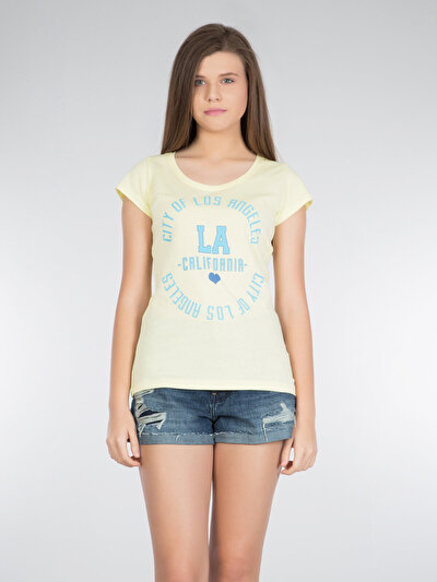 COLINS желтый женский футболки короткий рукав<br>Пол: женский; Цвет: желтый; Размер INT: L;