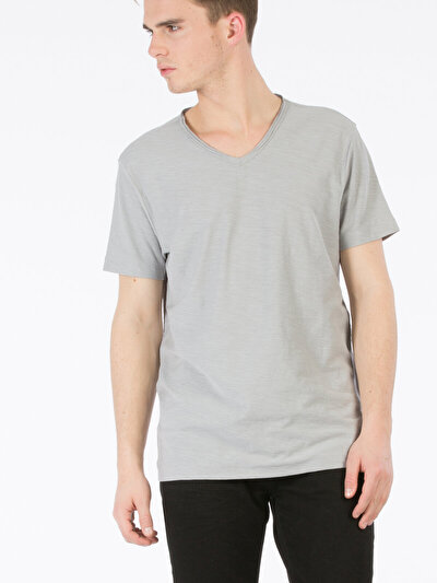 COLINS серый мужской футболки короткий рукав<br>Пол: мужской; Цвет: серый; Размер INT: L;