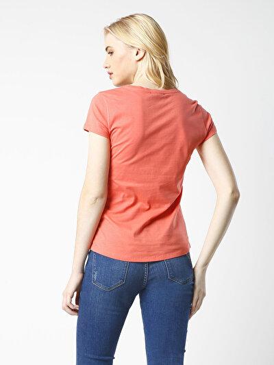 COLINS кораловый женский футболки короткий рукав<br>Пол: женский; Цвет: кораловый; Размер INT: L;