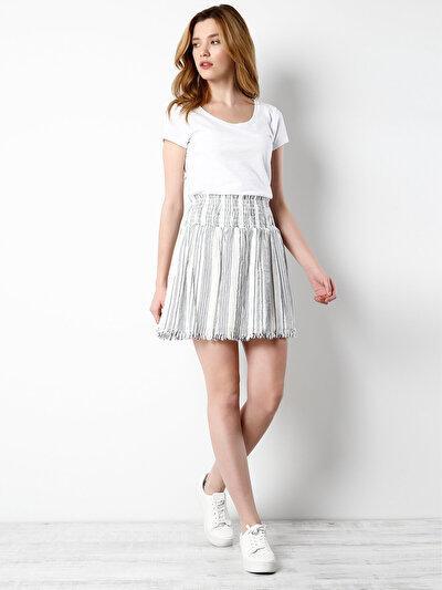 COLINS белый женский юбки<br>Пол: женский; Цвет: белый; Размер INT: M;