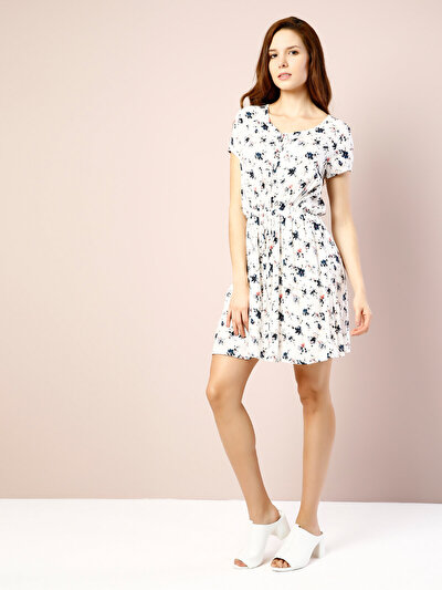 COLINS белый женский платья<br>Пол: женский; Цвет: белый; Размер INT: XL;