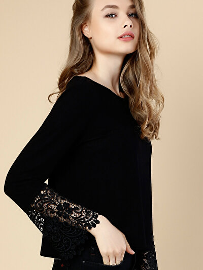 COLINS черный женский футболки длинный рукав<br>Пол: женский; Цвет: черный; Размер INT: S;