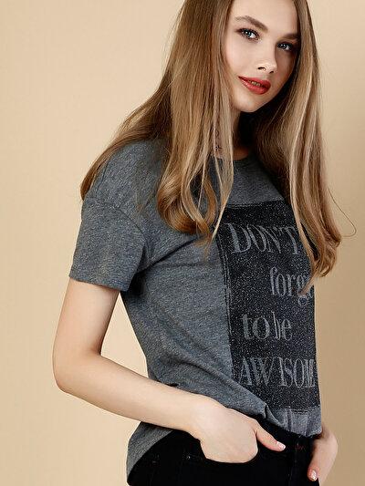 COLINS антрацит женский футболки короткий рукав<br>Пол: женский; Цвет: смешанный антрацит; Размер INT: XL;