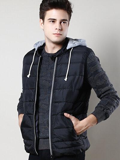 COLINS черный мужской жилеты<br>Пол: мужской; Цвет: черный; Размер INT: S;