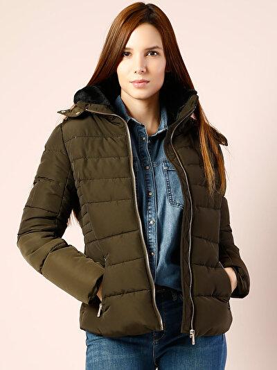 COLINS хаки женский куртки<br>Пол: женский; Цвет: хаки; Размер INT: S;