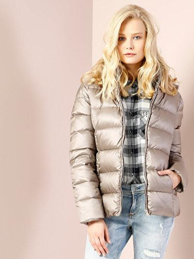 COLINS белый женский куртки<br>Пол: женский; Цвет: каменный; Размер INT: XS;