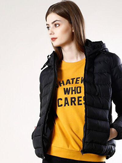 COLINS черный женский куртки<br>Пол: женский; Цвет: черный; Размер INT: L;