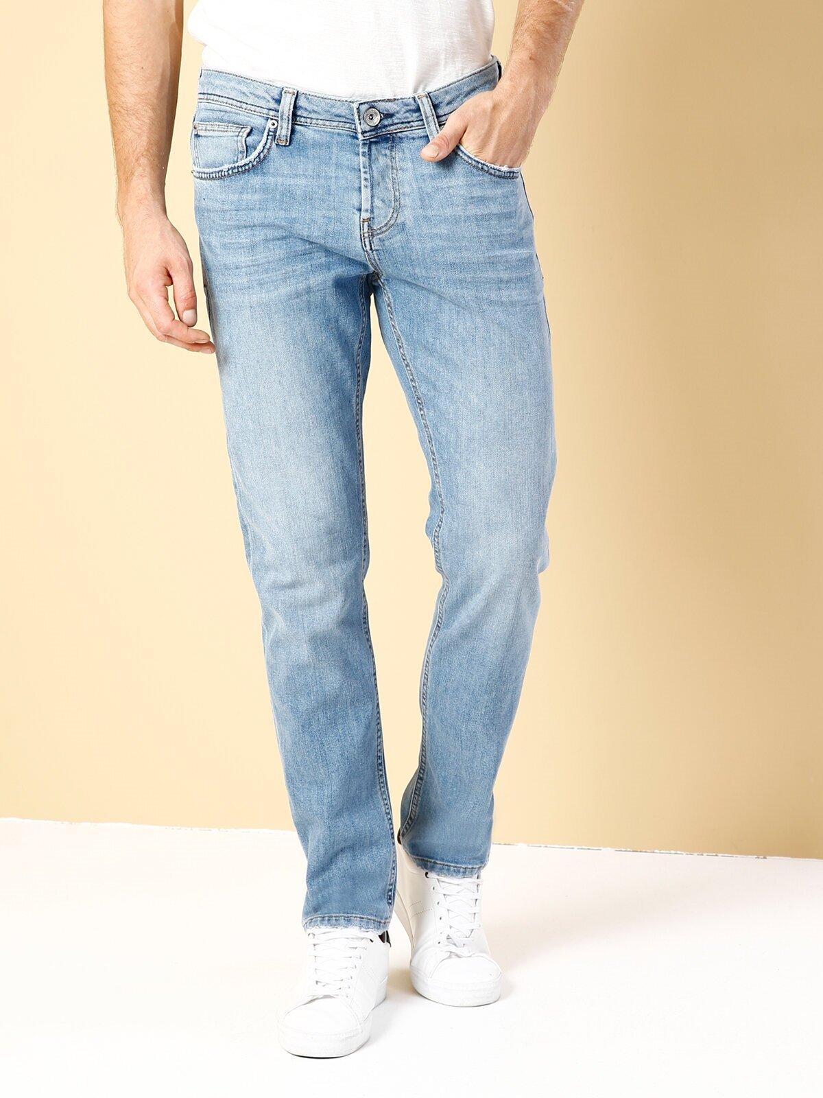Показать информацию о Мужские прямые джинсы с низкой посадкой 044 KARL straight fit CL1019139