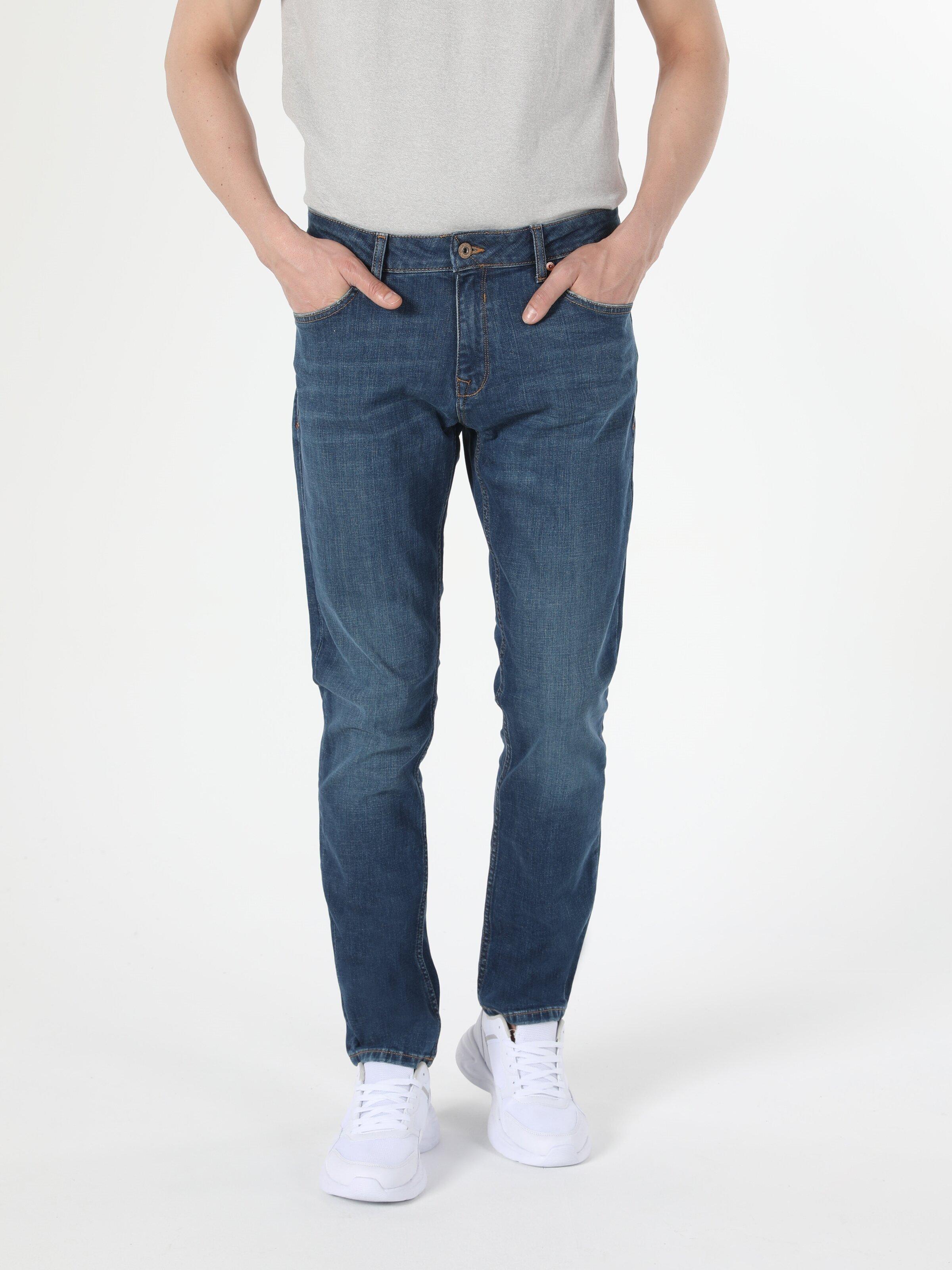 Показать информацию о Мужские прямые джинсы  044 KARL straight fit CL1054669