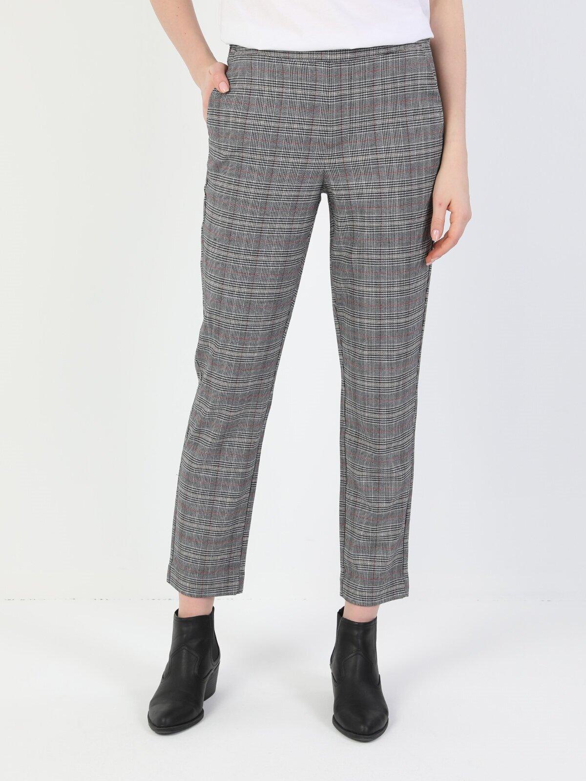 Показать информацию о Женские прямые брюки  CL1047118