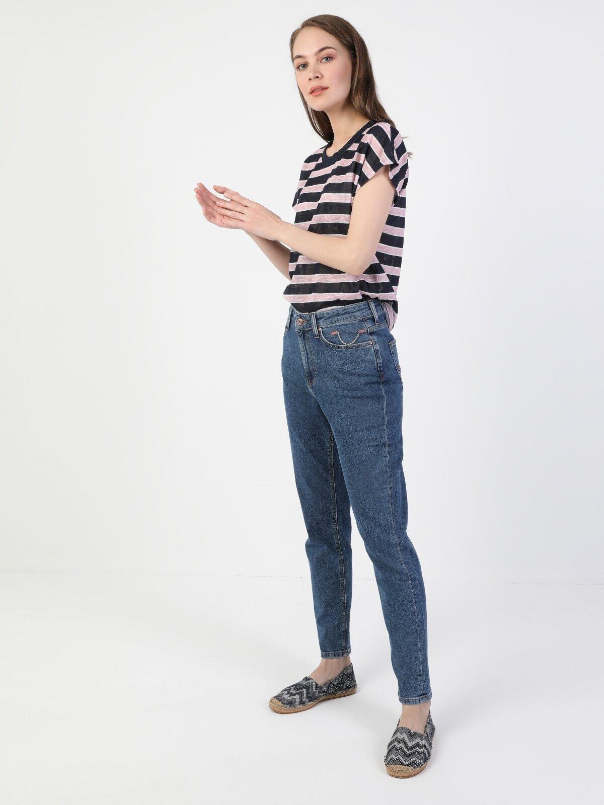 Показать информацию о Женские джинсы  CL1049758