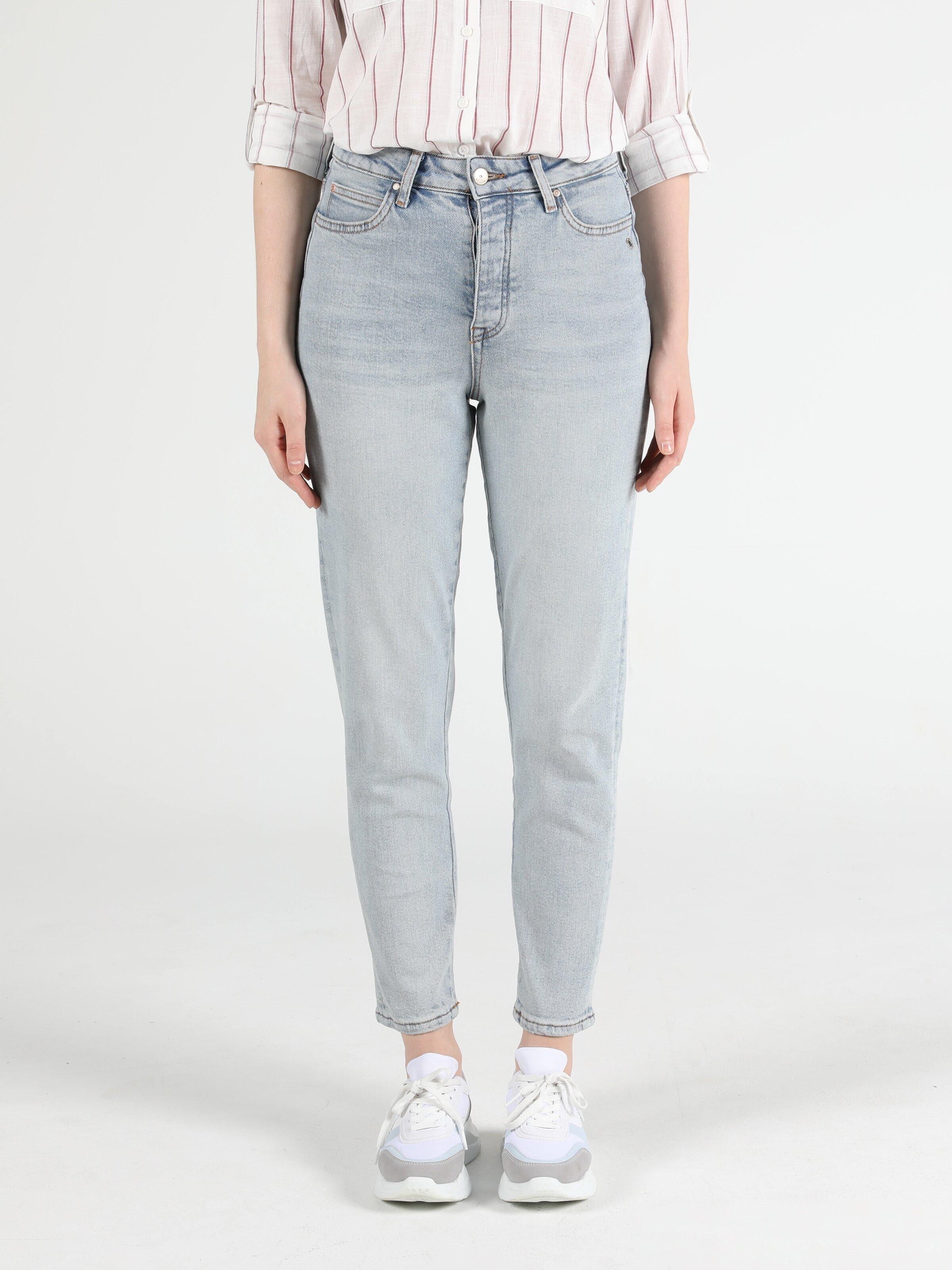 Показать информацию о Женские джинсы  CL1051075