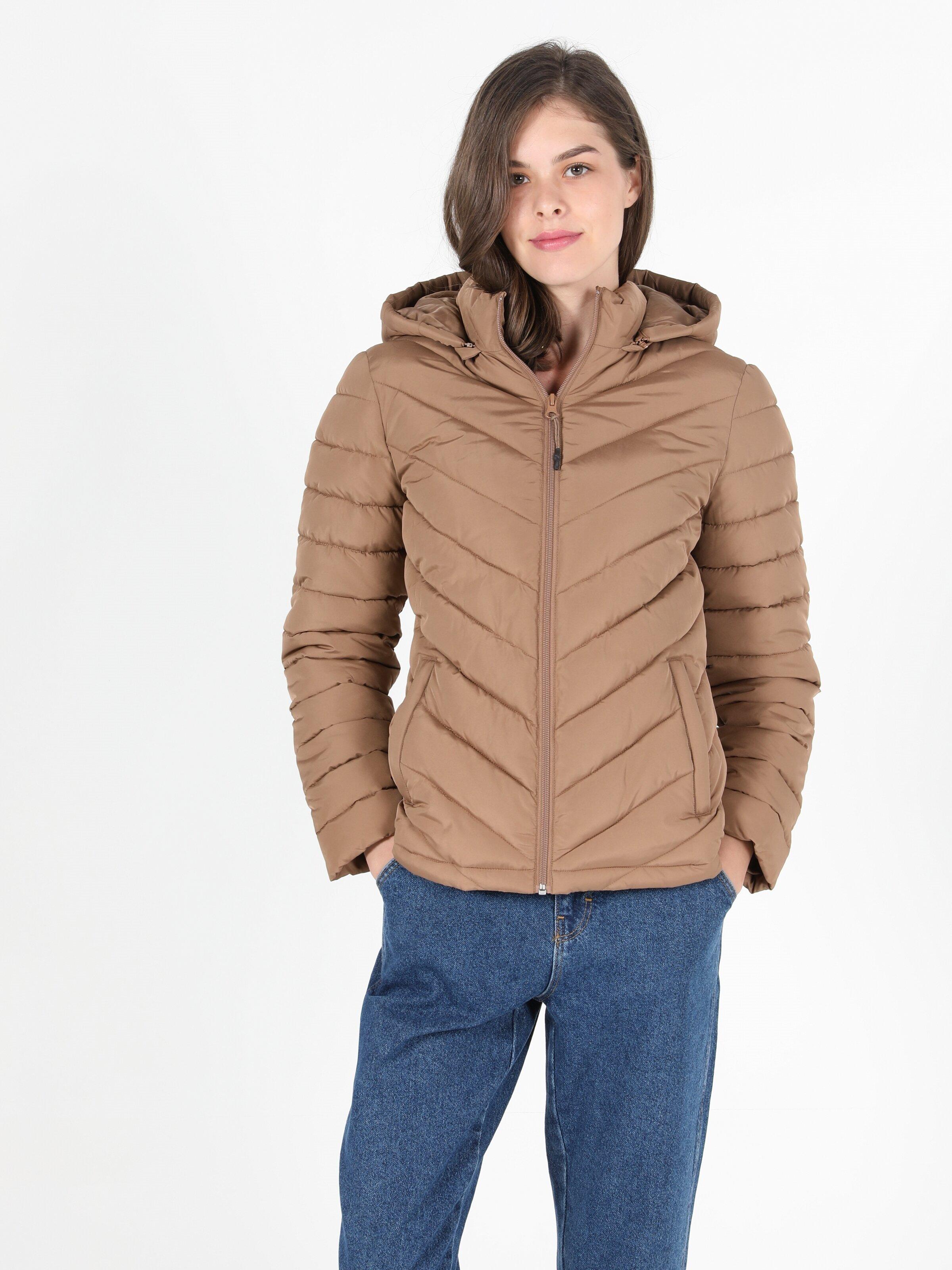 Показать информацию о Женская куртка slim fit CL1050795