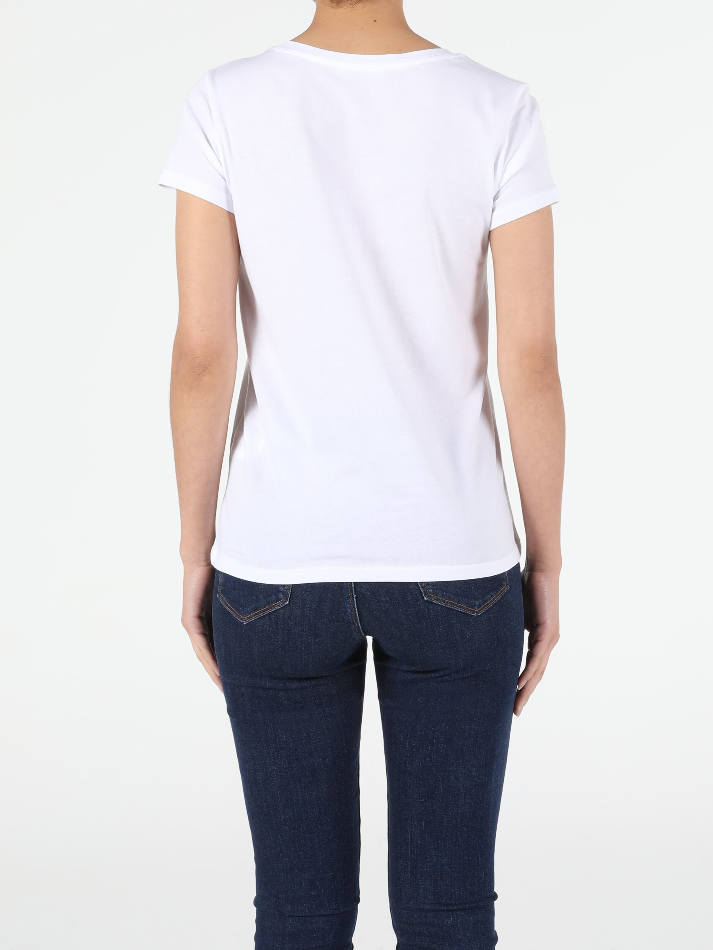 Показать информацию о Женская футболка с коротким рукавом regular fit CL1053306