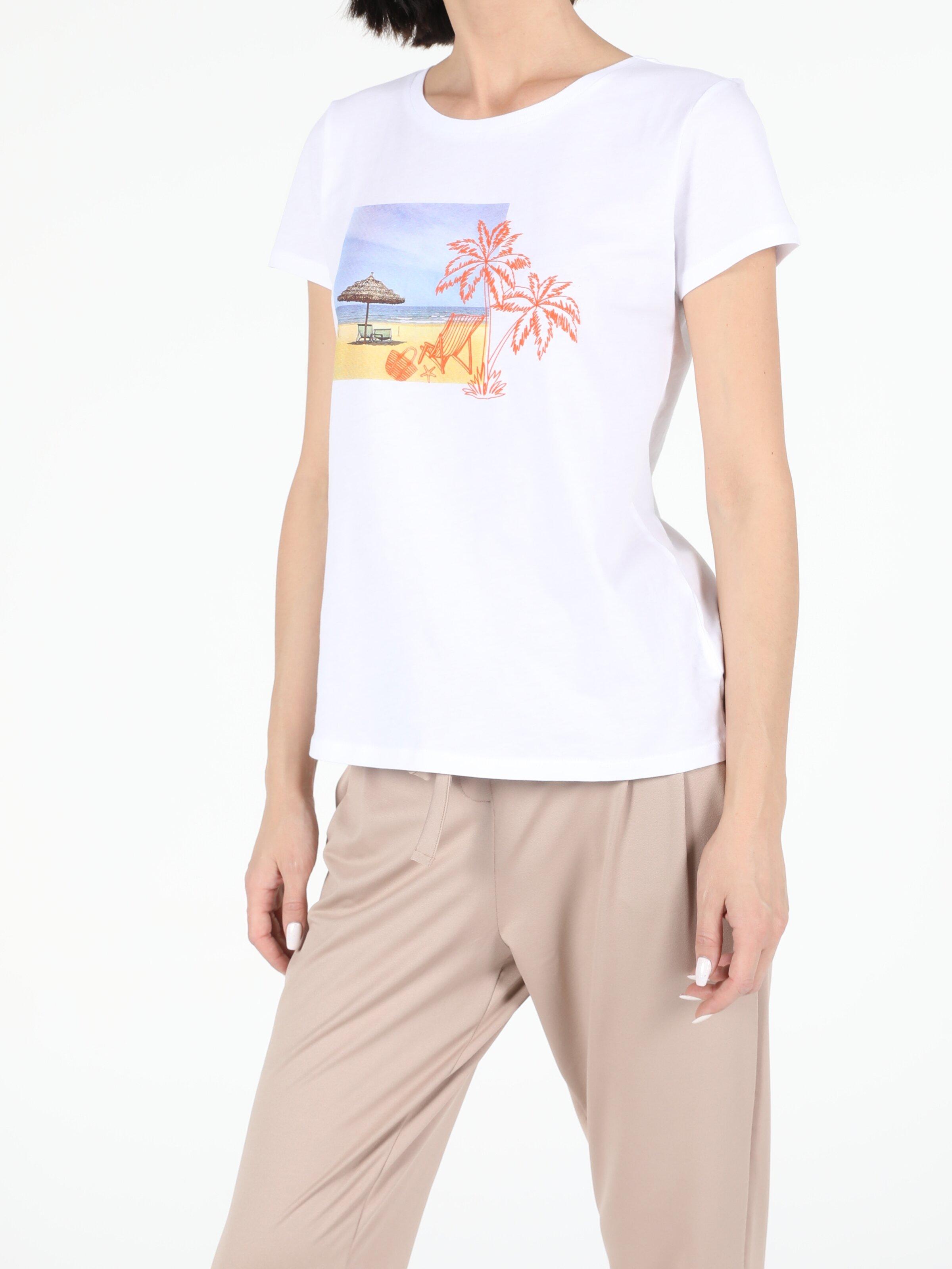 Показать информацию о Женская футболка с коротким рукавом regular fit CL1052417