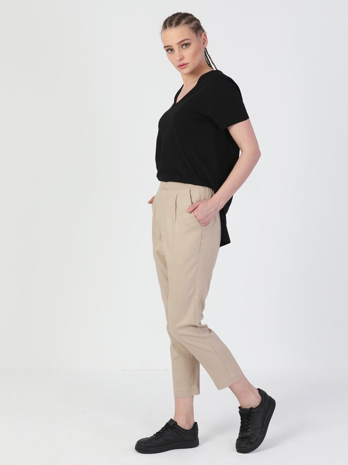 Показать информацию о Женские прямые брюки  CL1048437