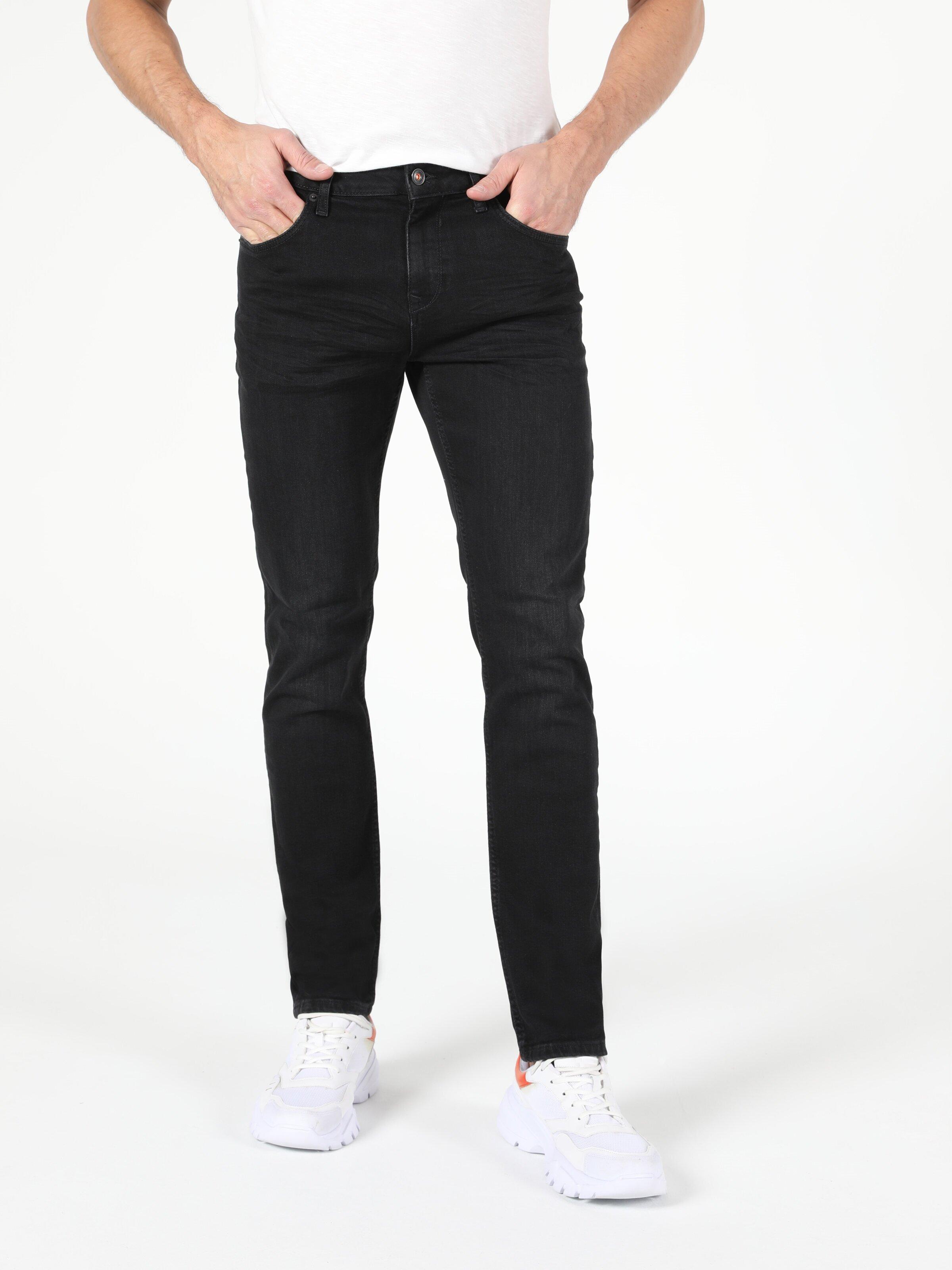Показать информацию о Мужские прямые джинсы  044 KARL straight fit CL1053737