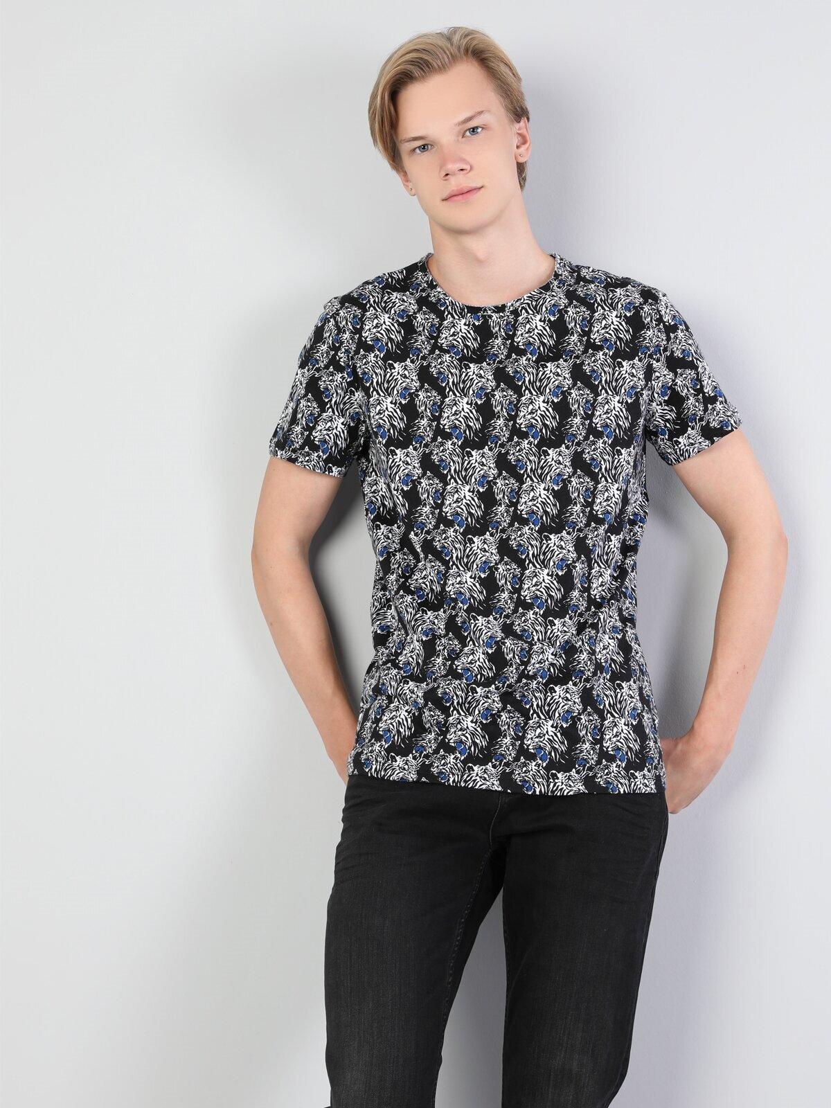 Показать информацию о Мужская футболка с коротким рукавом regular fit CL1044058