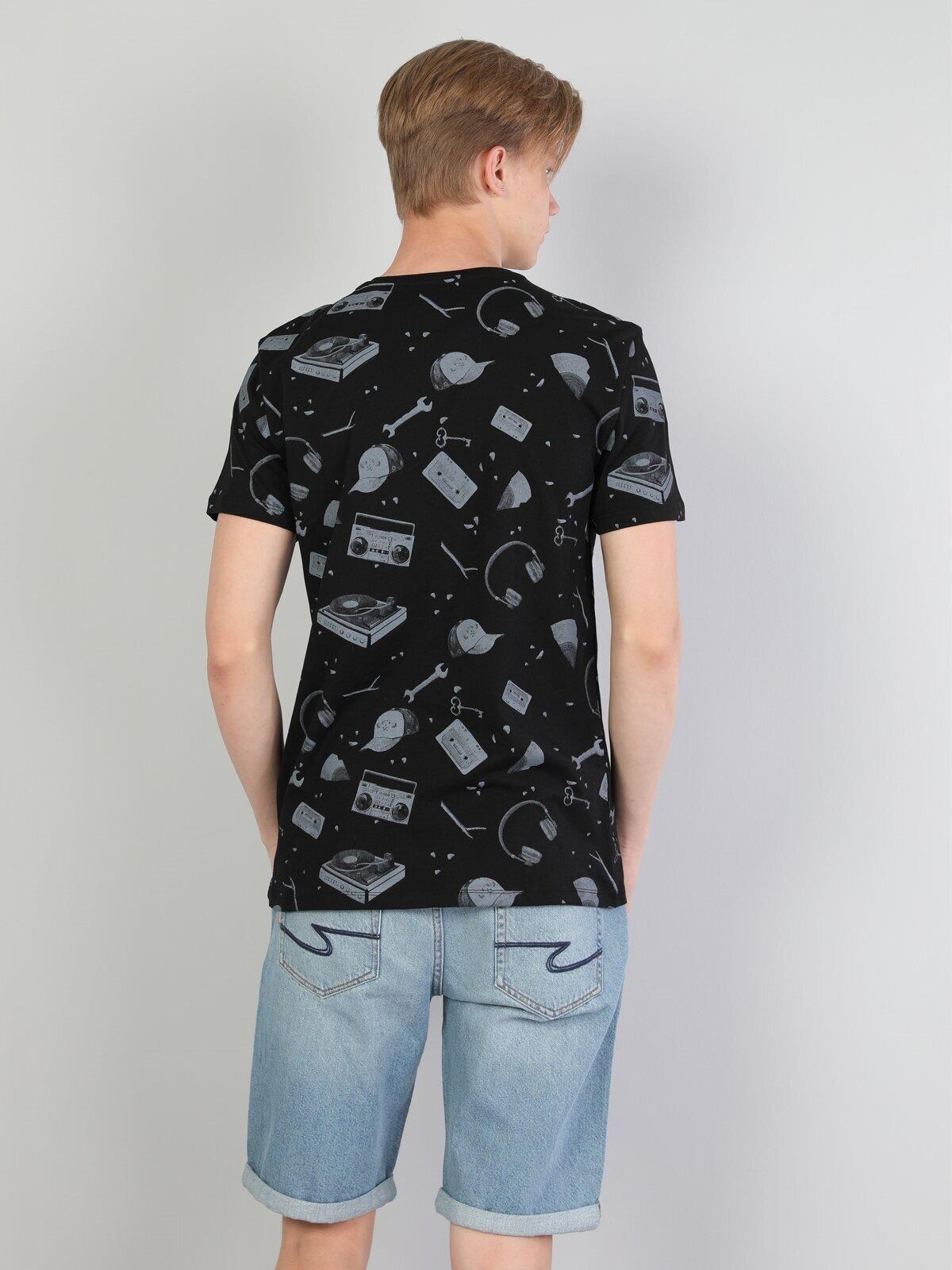 Показать информацию о Мужская футболка с коротким рукавом regular fit CL1044239