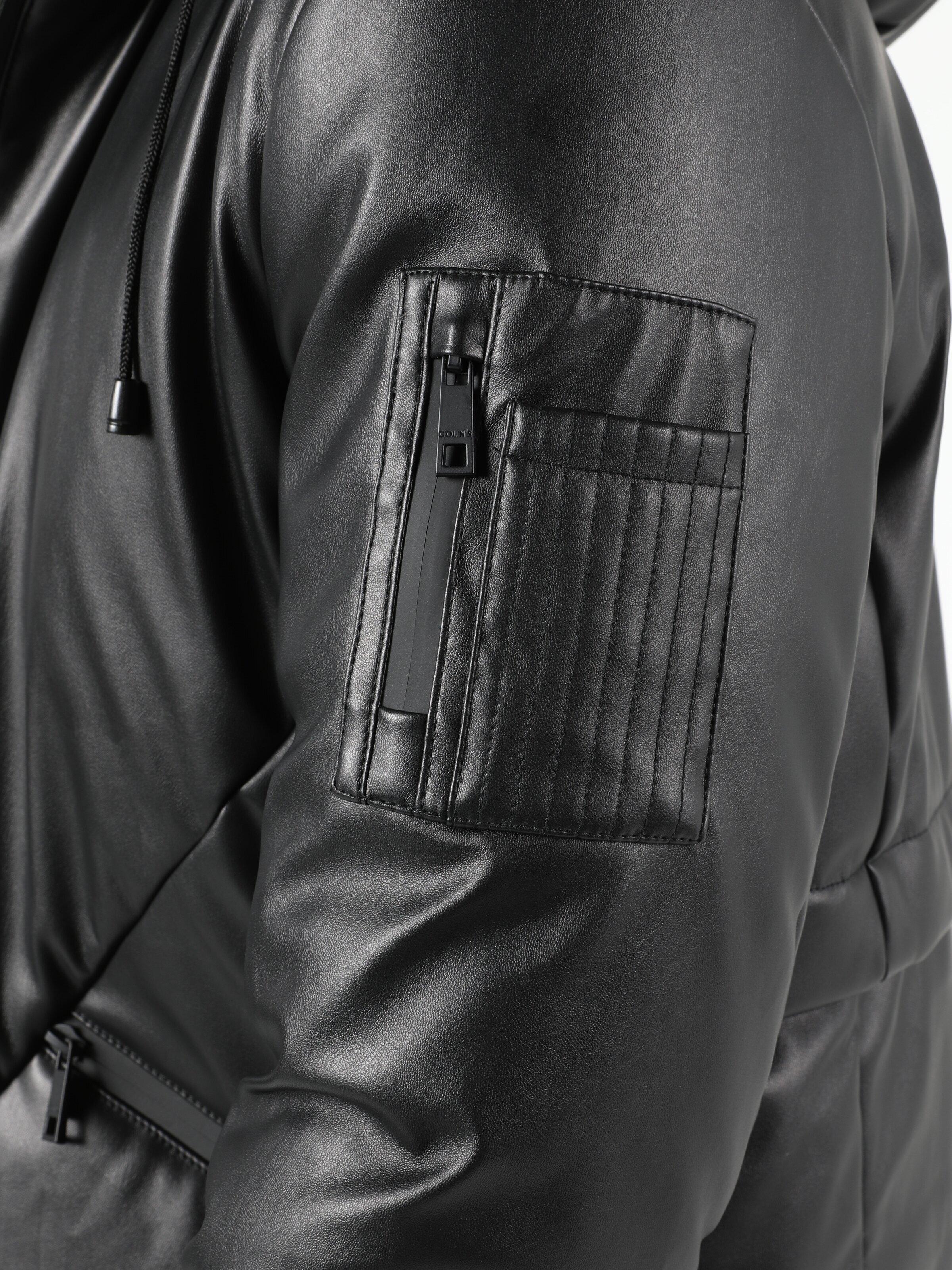 Показать информацию о Мужская куртка из эко-кожи regular fit CL1051227