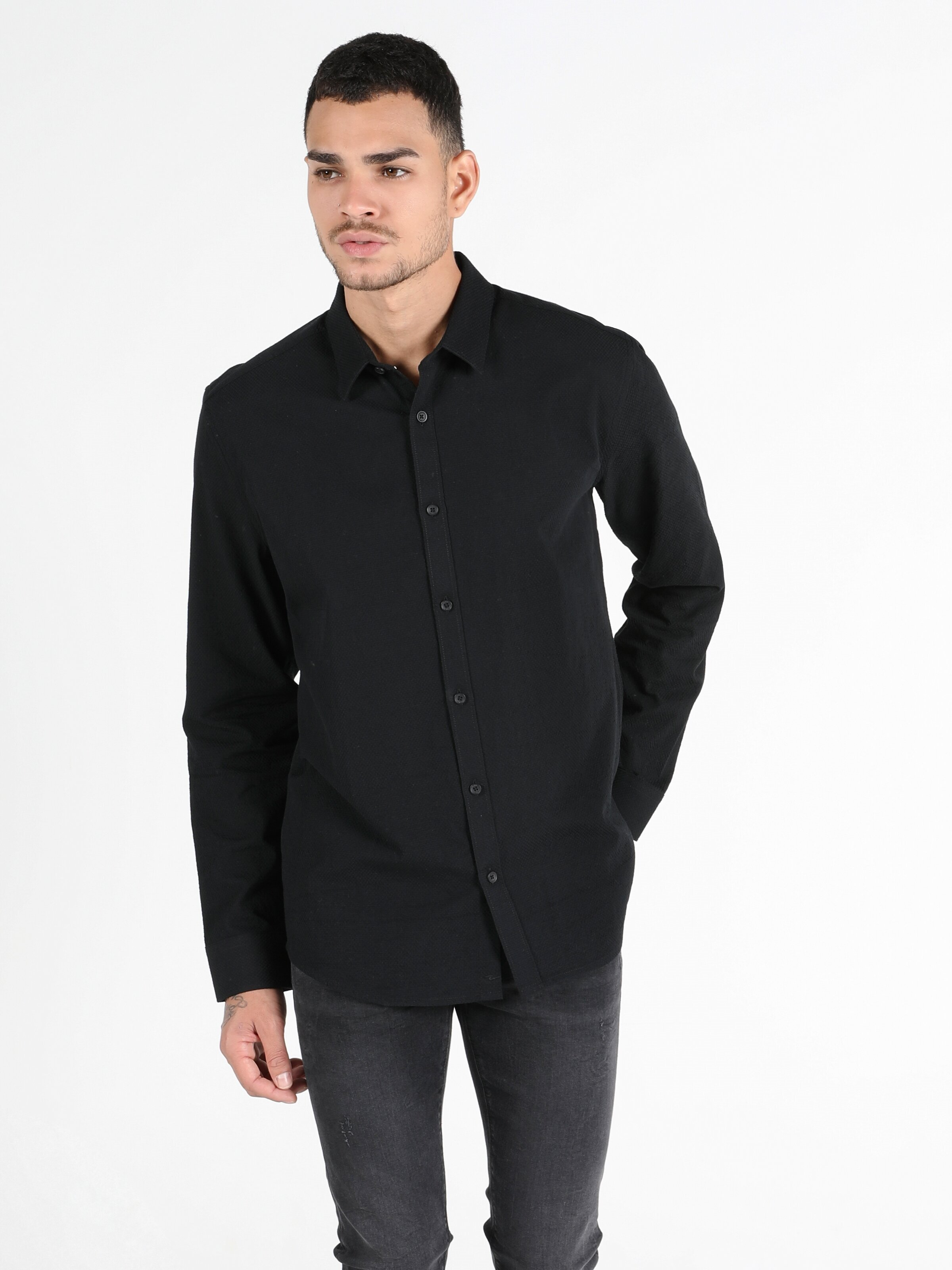 Показать информацию о Мужская рубашка с длинним рукавом slim fit CL1050322