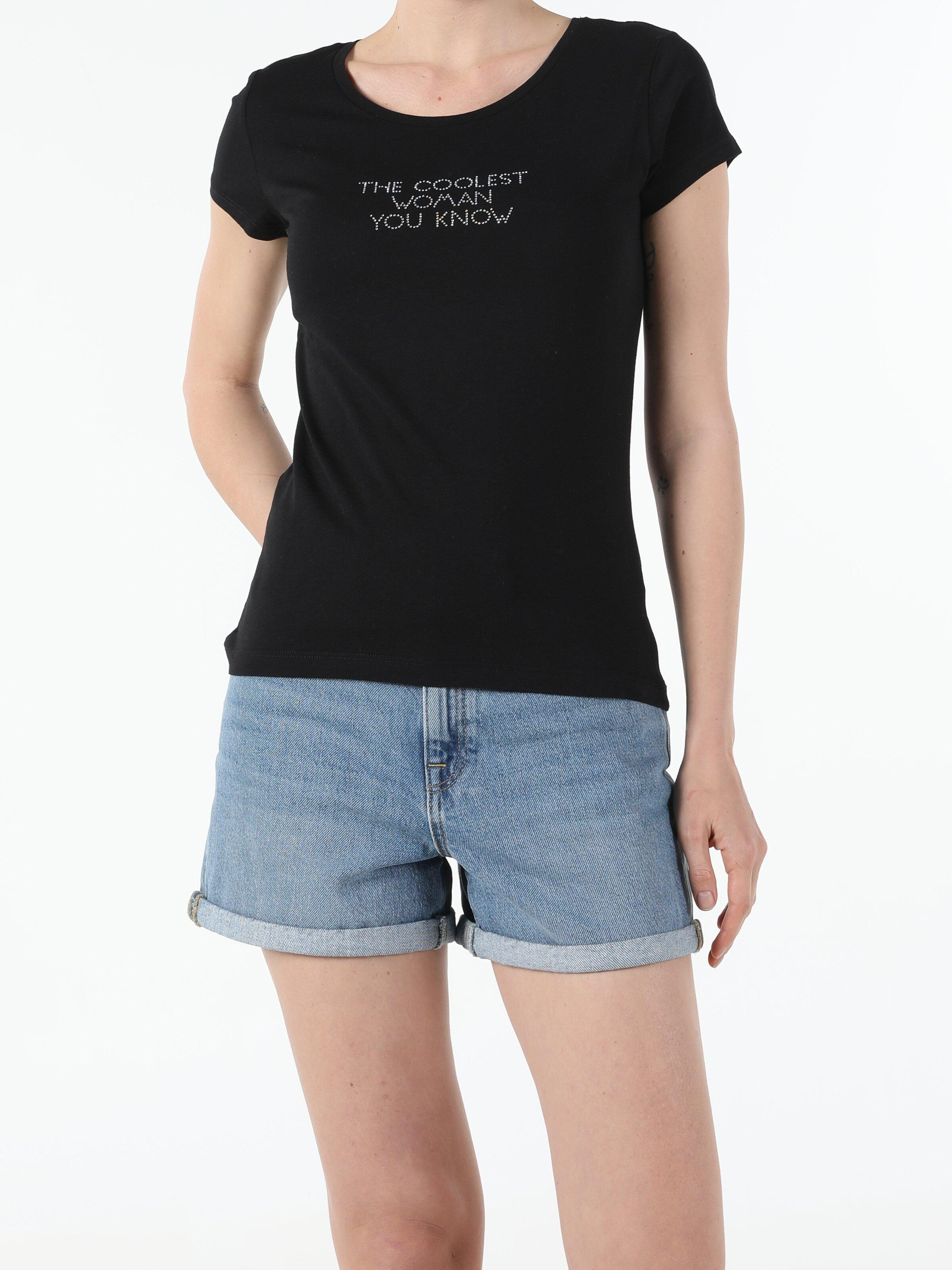 Показать информацию о Женская футболка с коротким рукавом slim fit CL1053780