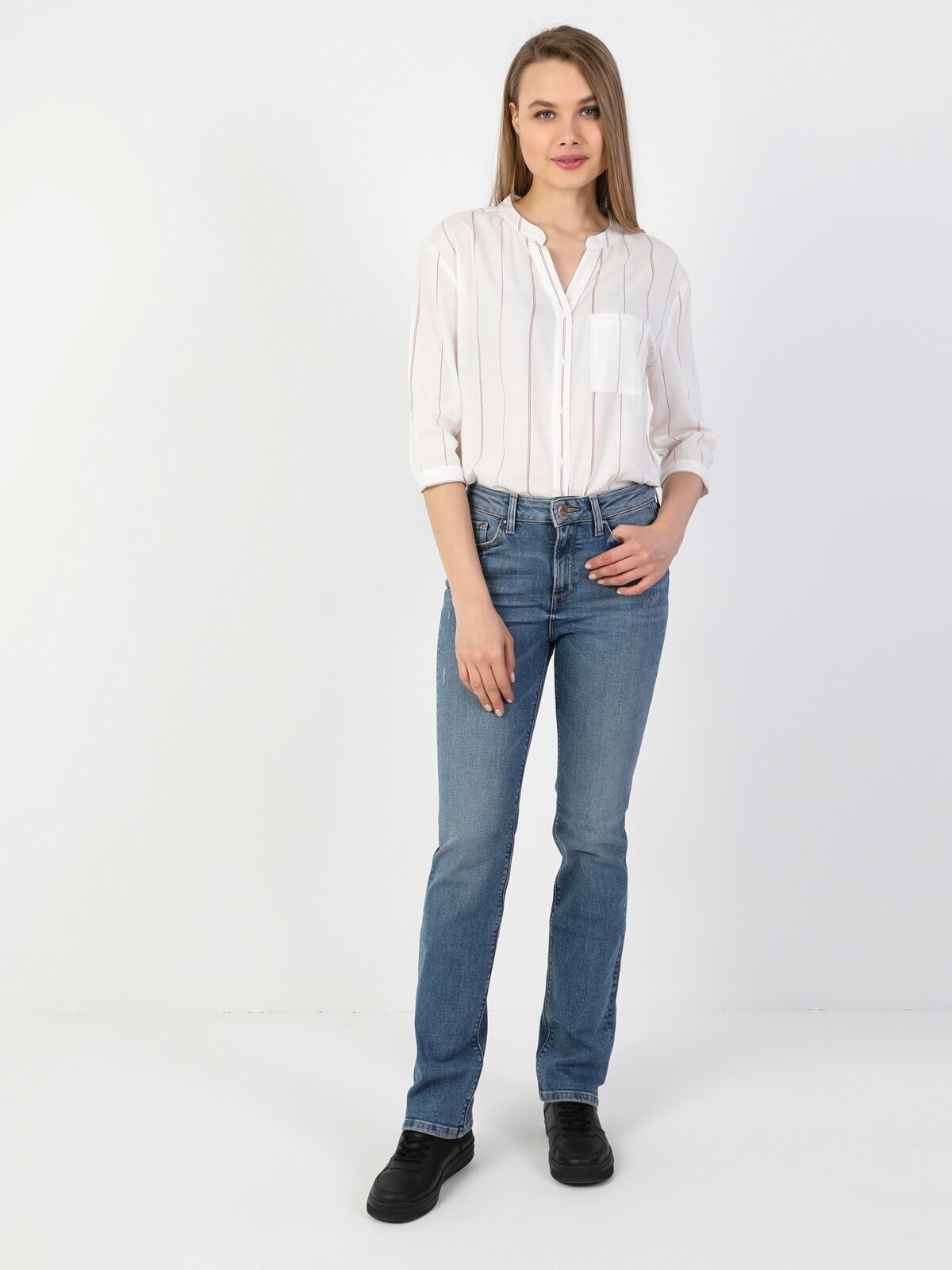 Показать информацию о Женские прямые джинсы  792 MILA regular fit CL1049670