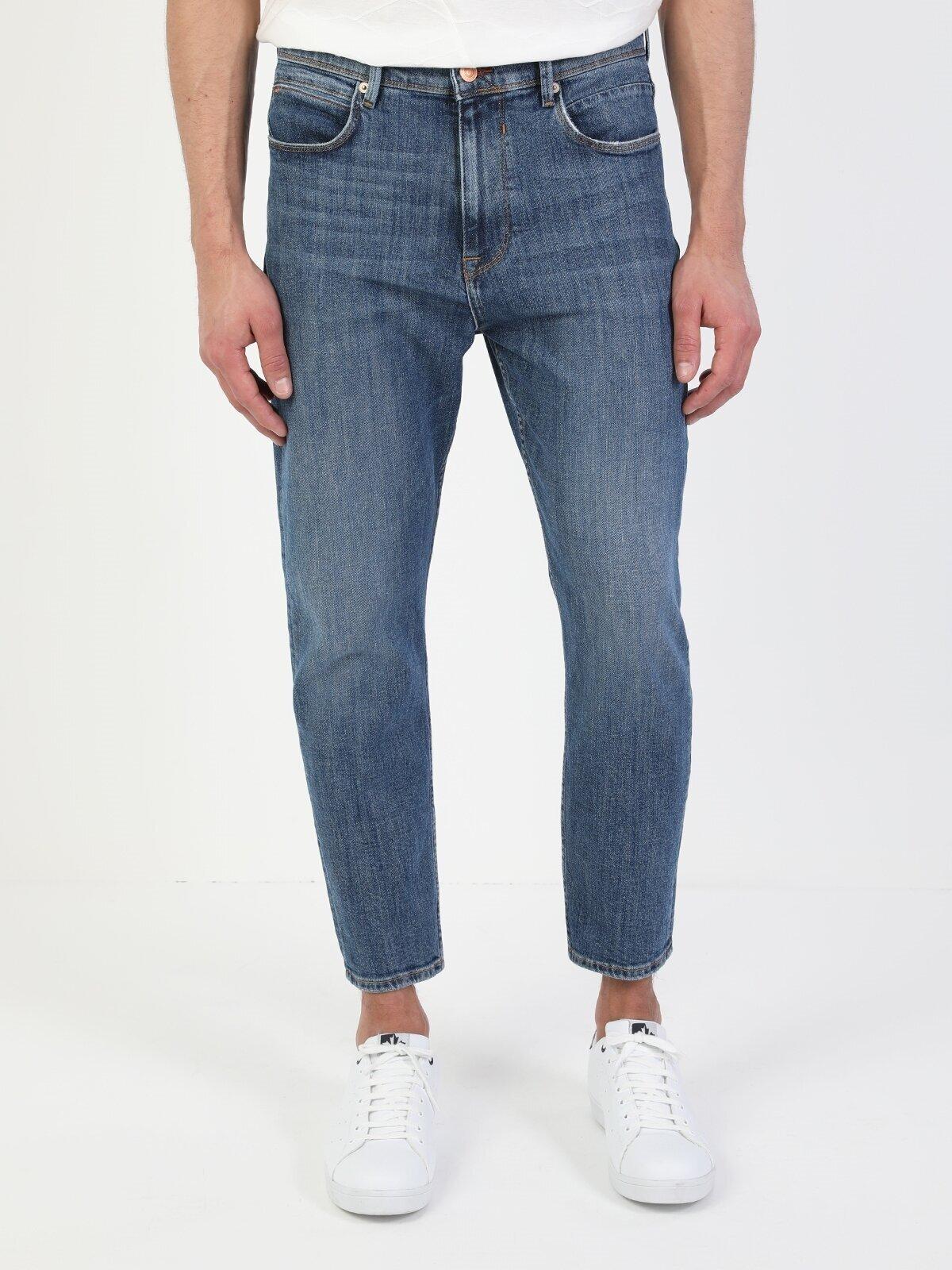 Показать информацию о Мужские джинсы  CL1049558