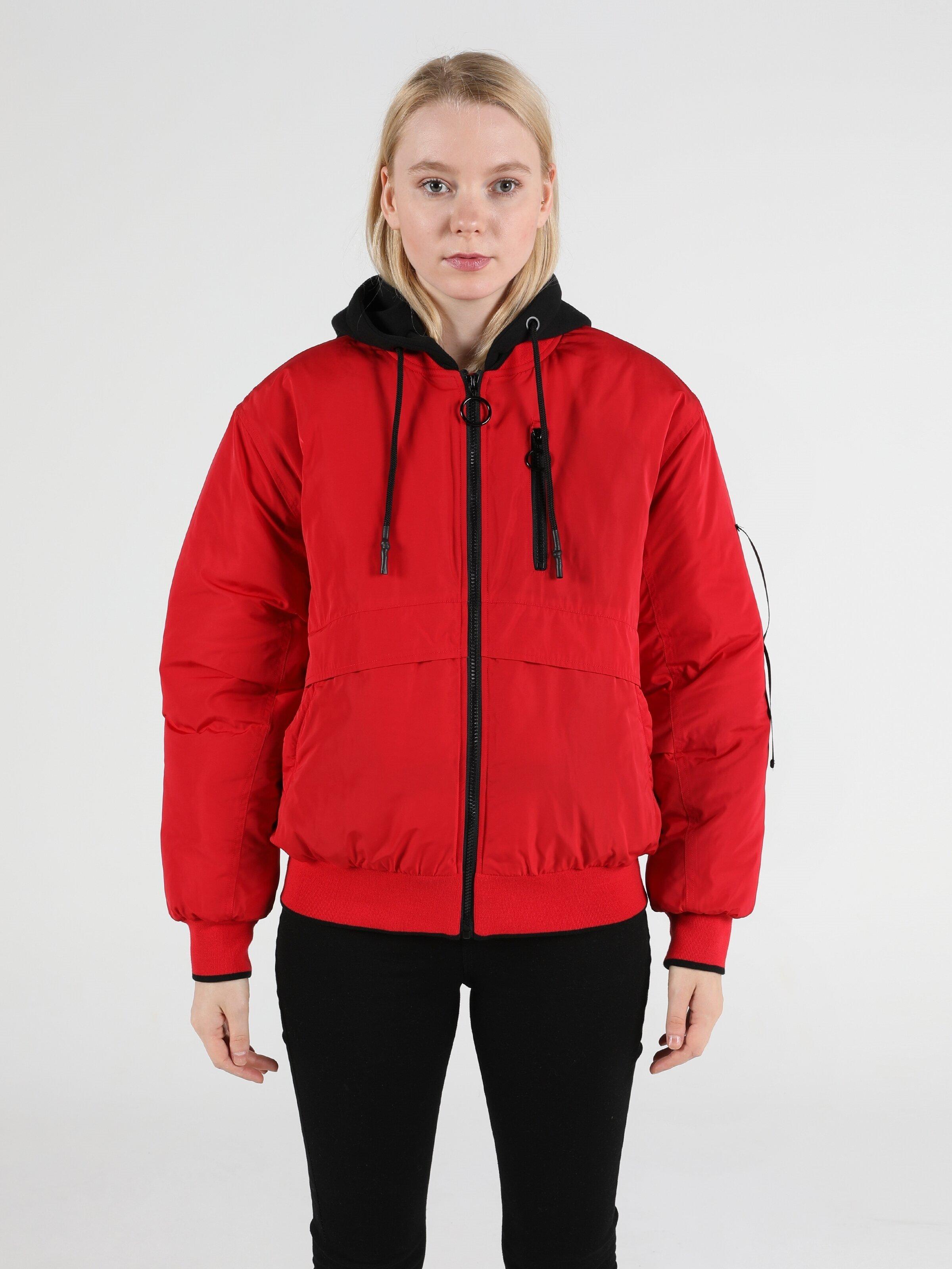 Показать информацию о Женская куртка regular fit CL1051066