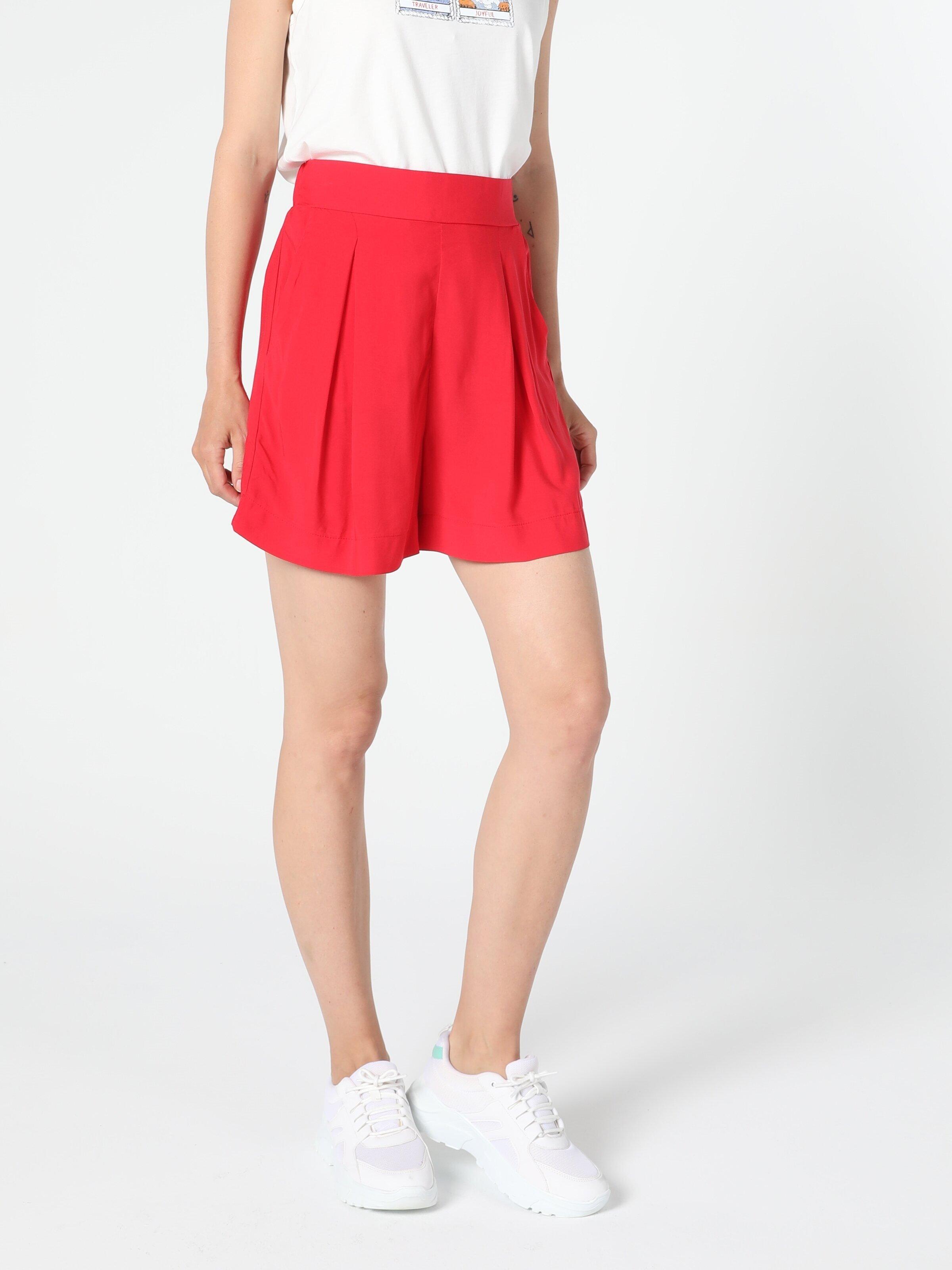 Показать информацию о Женские шорты regular fit CL1054235