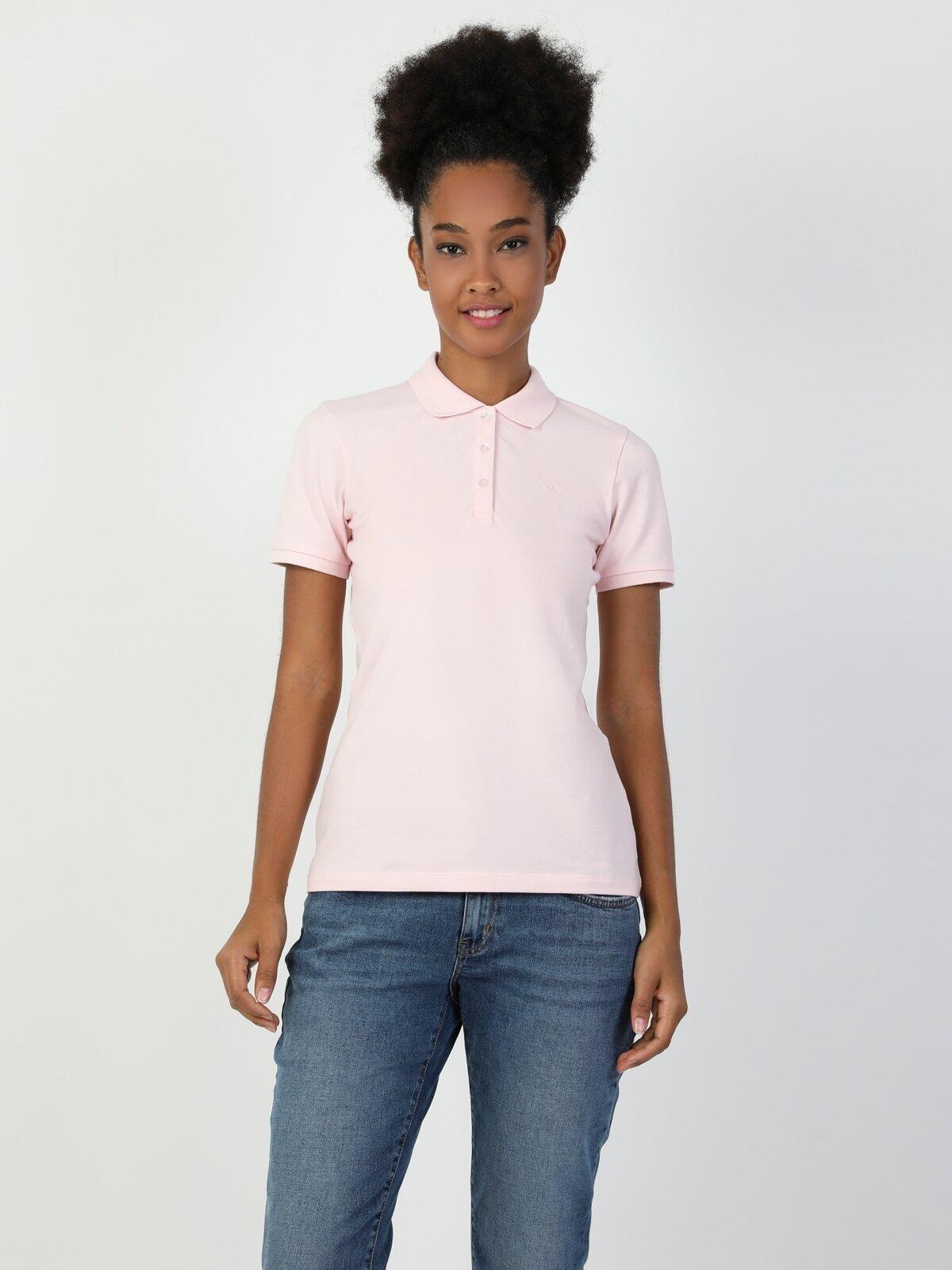 Показать информацию о Женская футболка с коротким рукавом slim fit CL1048675