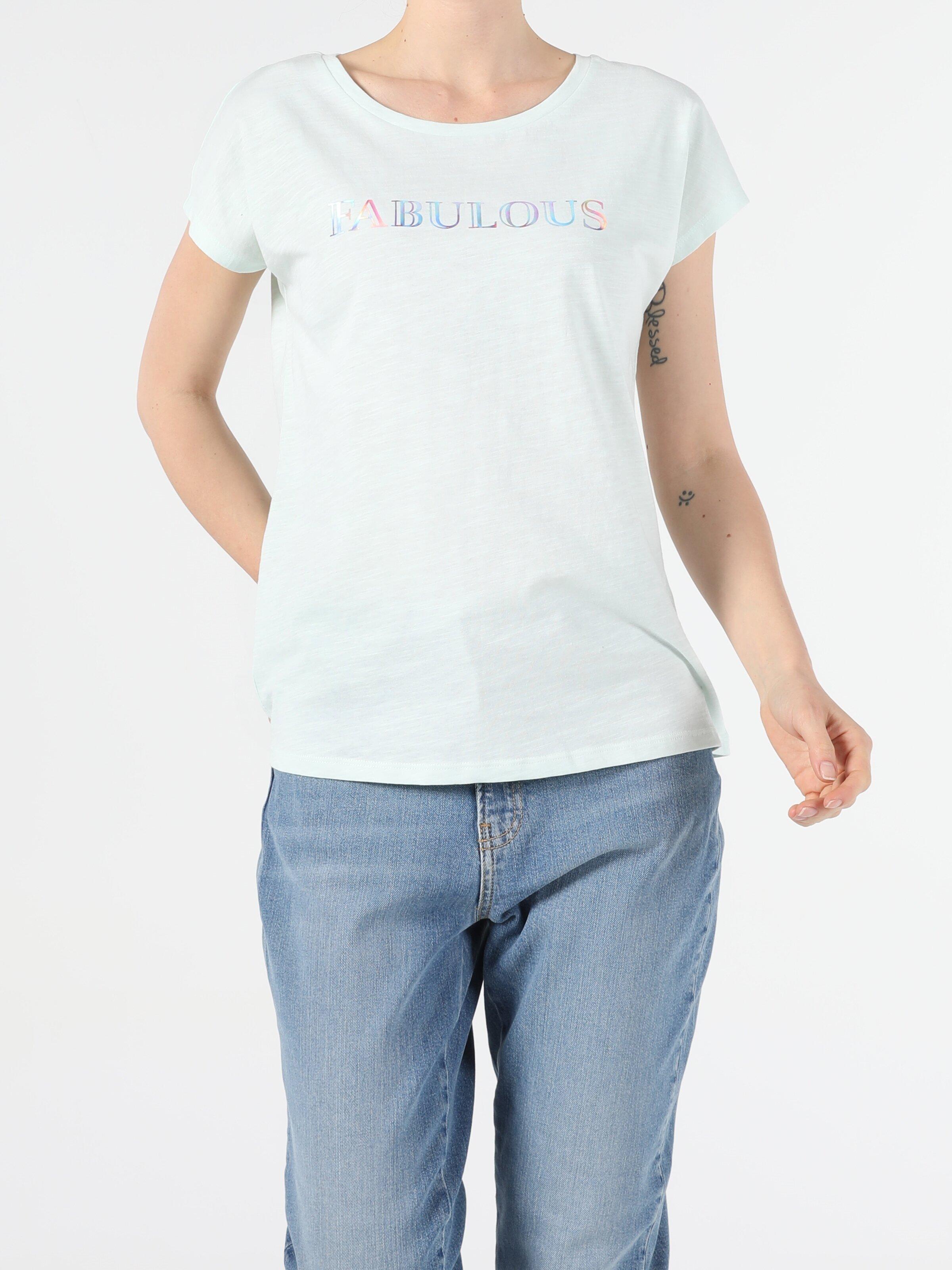 Показать информацию о Женская футболка с коротким рукавом regular fit CL1054369