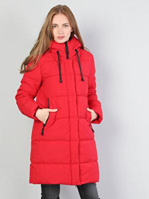 Изображение Красный жен. Пальто