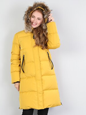 Изображение Желтый жен. Пальто