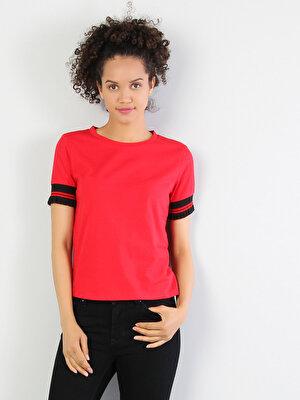 Изображение Красный жен. Футболки Короткий рукав