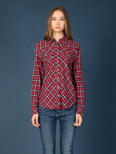 COLINS красный женский рубашки длинний рукав<br>Пол: женский; Цвет: красный; Размер INT: M;