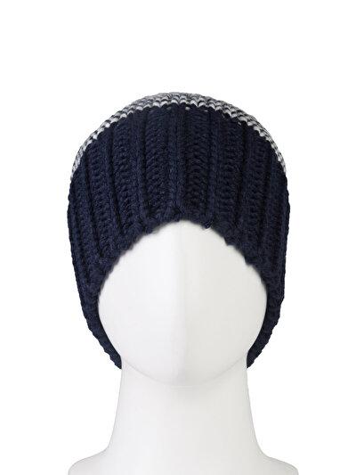 Купить со скидкой COLIN'S синий женский шапки