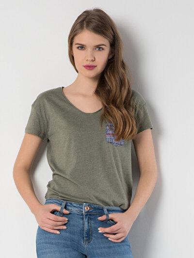 COLINS  женский футболки короткий рукав<br>Пол: женский; Цвет: хаки меланж; Размер INT: M;