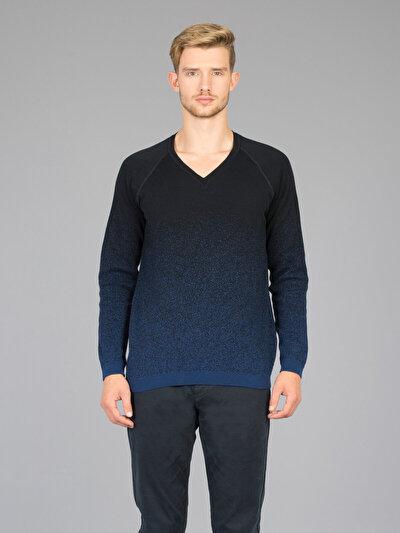 Купить со скидкой COLIN'S голубой мужской свитеры
