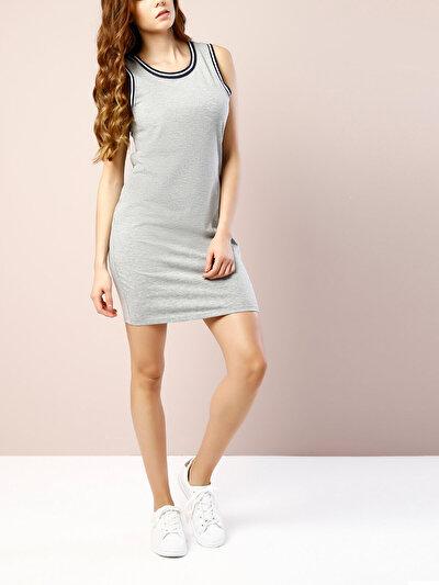 COLINS серый женский платья<br>Пол: женский; Цвет: смешанный серый; Размер INT: S;